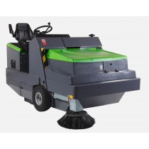 IPC Gansow 195 Ride On Sweeper