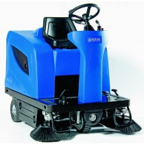 Nilfisk Floortec R 670 Ride On Sweeper