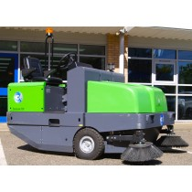 IPC Gansow 191 LPG Ride On Sweeper - Trade In